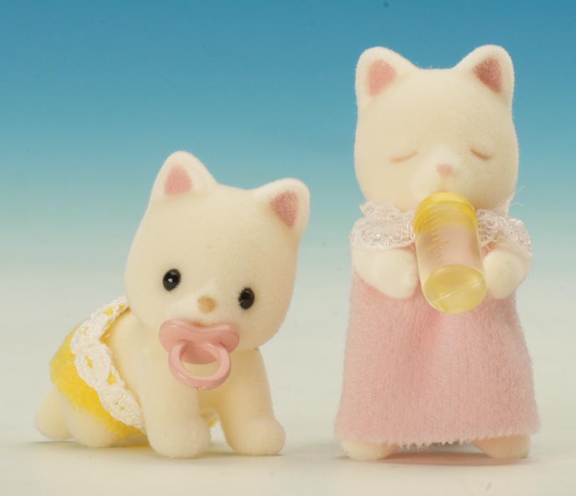 ... Sylvanian Families Silk Cat Baby Twins Meet The Silk Cat Twins Pack