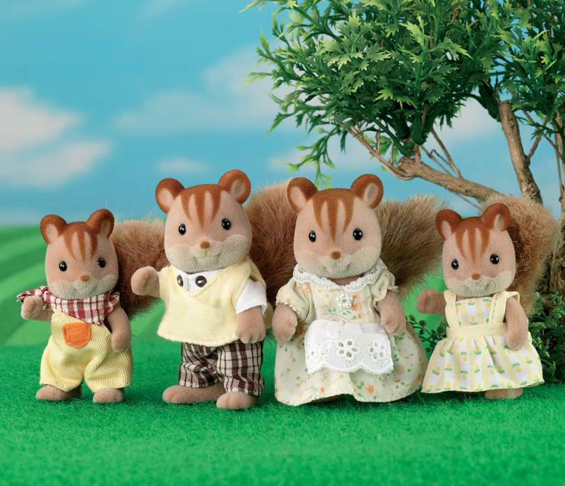 Buy Walnut Squirrel Family Online Sylvanian Families