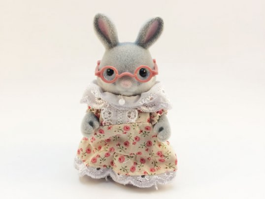Cottontail Rabbit Grandma (*)