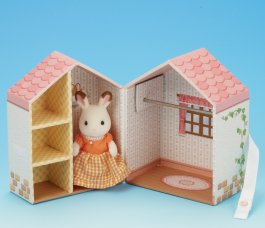 Dresser Box & Figure Set