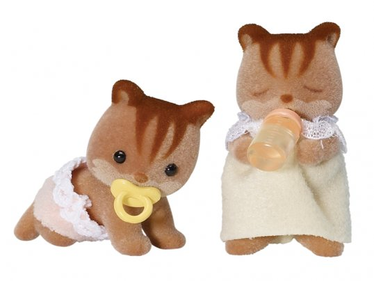 Walnut Squirrel Twins [JP] (*)