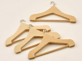 [DB] Pine Coat Hangers [pk4]