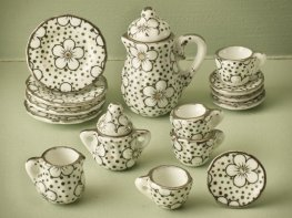 [DB] Ceramic Coffee Set - Web Floral