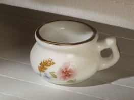 [DB] Ceramic Chamber Pot [corn]