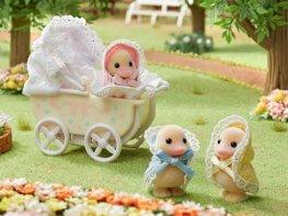 [SF] Darling Ducklings Baby Carriage