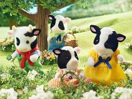 [SF] Buttercup Friesian Cow Family