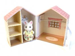 [SF] Dresser Box & Figure Set (*)